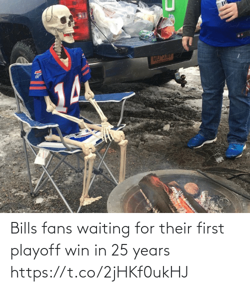 25 Years: li  ATREBE SEAl  Acon Bills fans waiting for their first playoff win in 25 years https://t.co/2jHKf0ukHJ