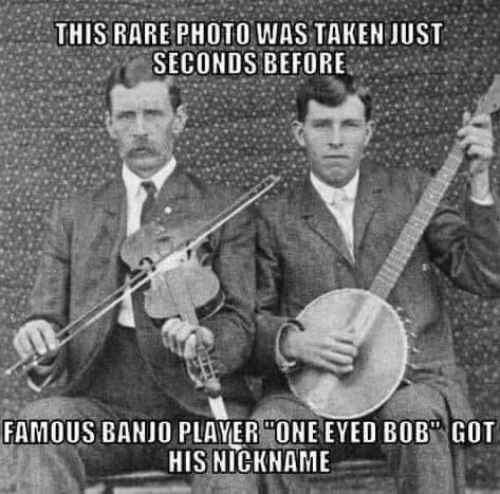 """rare: THIS RARE PHOTO WAS TAKEN JUST  SECONDS BEFORE  FAMOUS BANJO PLAYER """"ONE EYED BOB"""" GOT  HIS NICKNAME"""